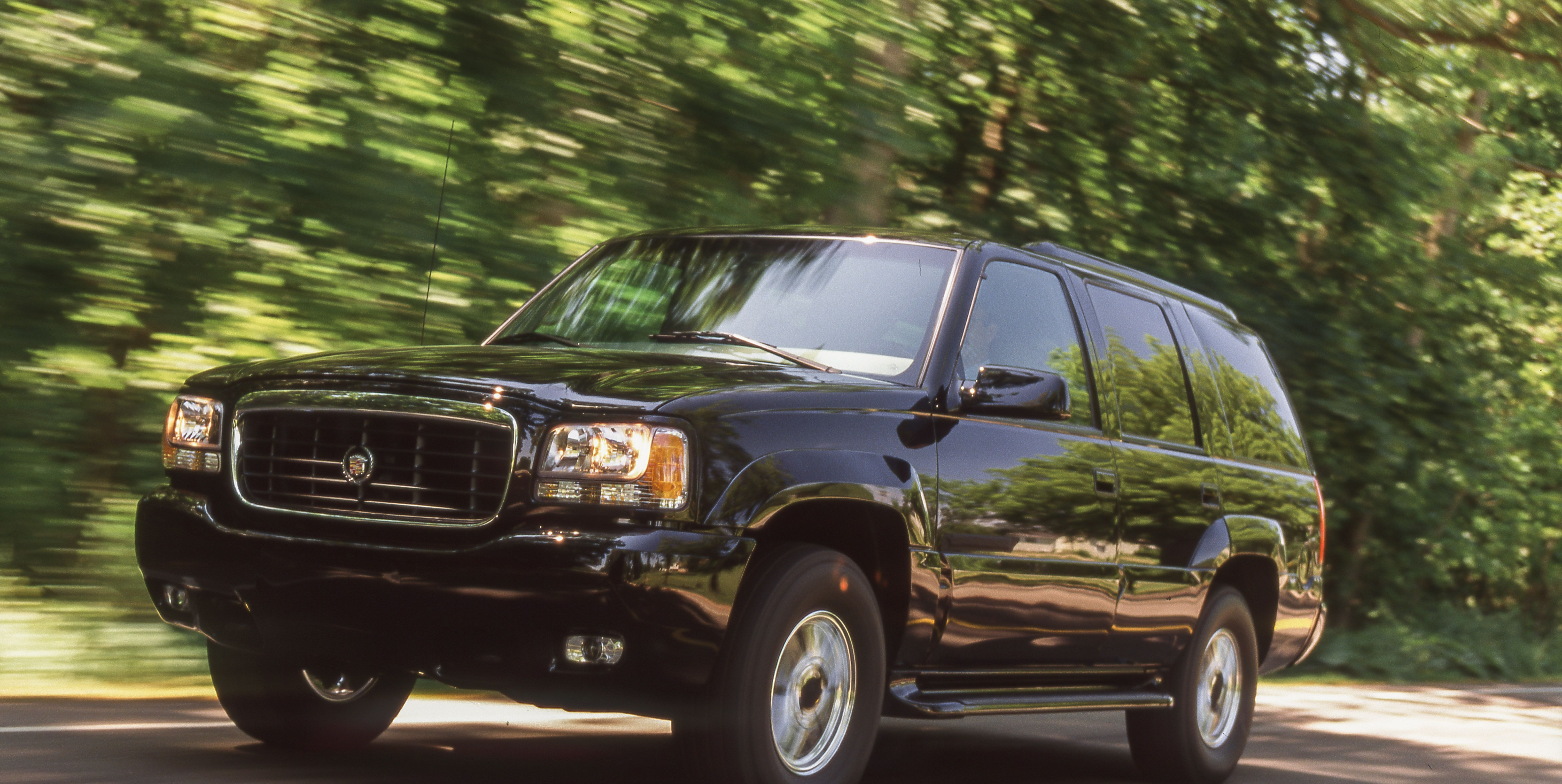 1999 Cadillac Escalade Charges More For a Dressed-Up Chevy Tahoe