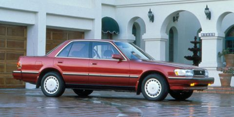 Land vehicle, Vehicle, Car, Full-size car, Sedan, Toyota, Toyota cressida, Mid-size car, Executive car, Wheel,