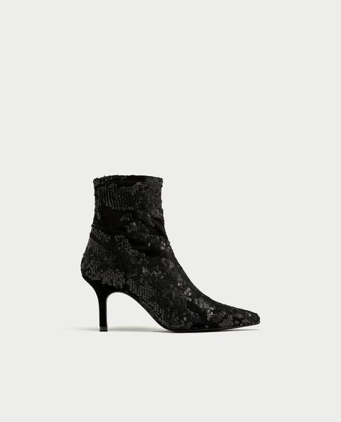 venta limitada últimos diseños diversificados gran surtido Los 15 botines más locos de Zara y que ahora están en rebajas