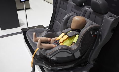 ESF 2019 Concept PRE-SAFE Child seat