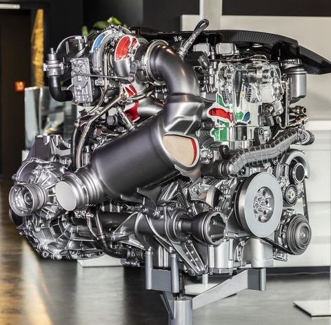 Mercedes-Benz@TecDay_Mercedes_AMG_2_0_Liter_Engine_Affalterbach_2019