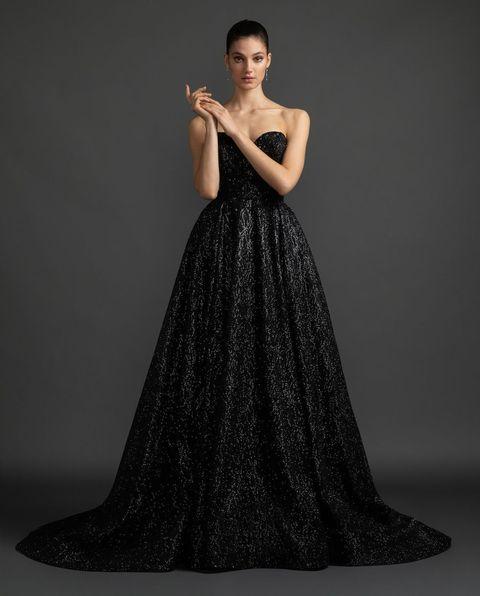 ギャレリアコレクションのブラックシャイニーカラードレス