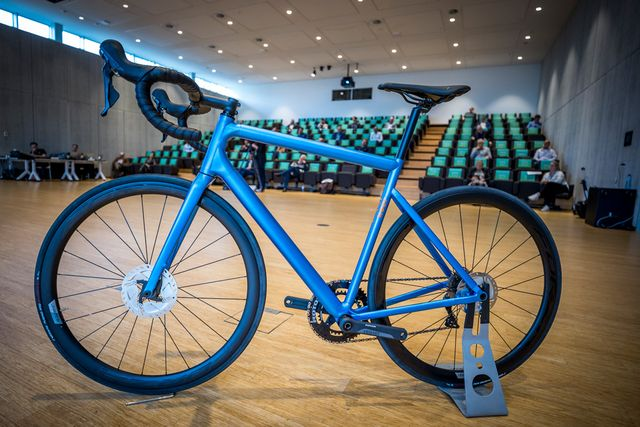 100 limburg bike, racefiets, innovatie, nieuwe materialen, ontwerp, bicycling, bram tankink