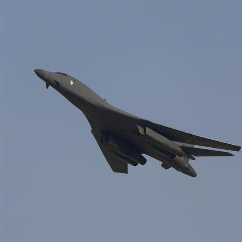Aircraft, Airplane, Aviation, Vehicle, Flight, Military aircraft, Air force, Jet aircraft, Rockwell b-1 lancer, Fighter aircraft,