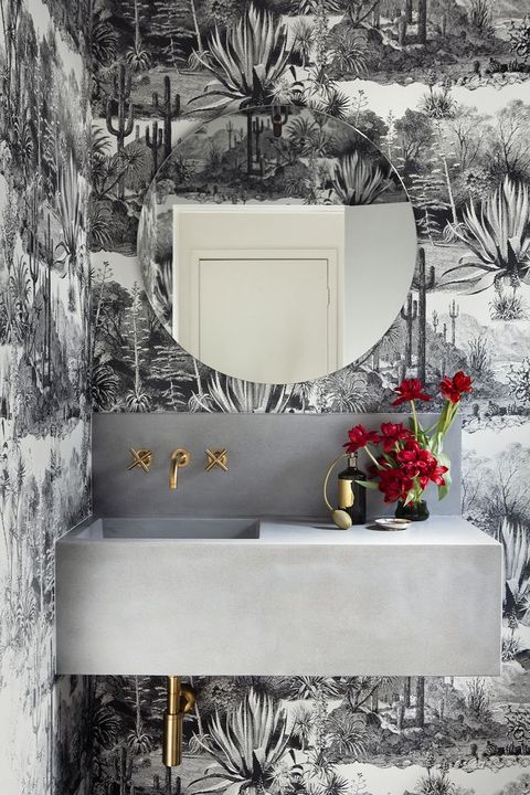 Bathroom by Consuelo Pierrepont of Sway-Studio.com
