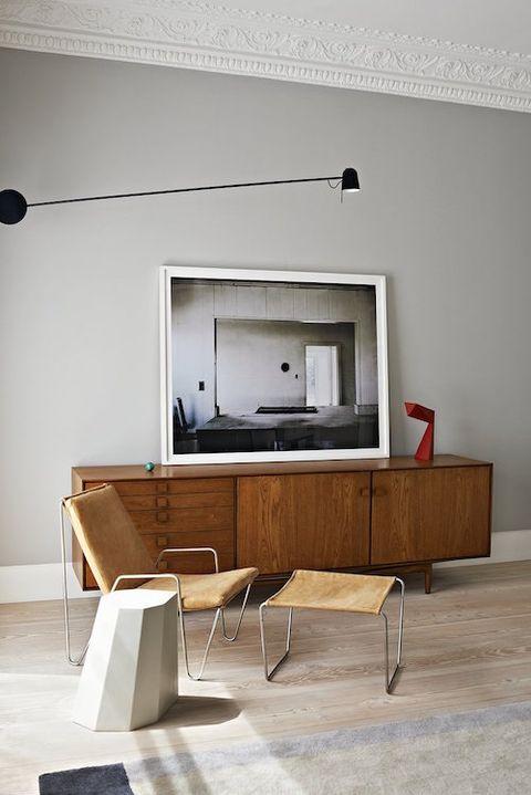 C mo exhibir arte en casa for Arredamento moderno con pezzi antichi