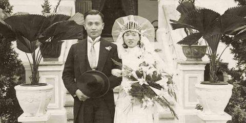 photograph, ceremony, standing, wedding, event, dress, wedding dress, vintage clothing, bride, marriage,