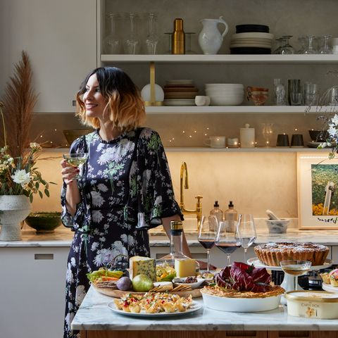 Serveware, Dishware, Flowerpot, Cuisine, Food, Tableware, Porcelain, Shelf, Shelving, Sweetness,