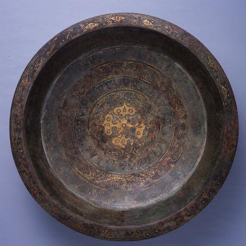 国宝,金彩鳥獣雲文銅盤,永青文庫,細川護立