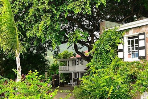 Vegetation, Green, Property, House, Tree, Botany, Building, Real estate, Architecture, Home,