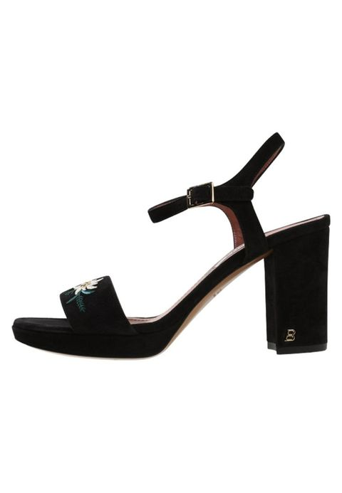 Footwear, Sandal, Shoe, Mary jane, High heels, Leg, Slingback, Strap, Leather,