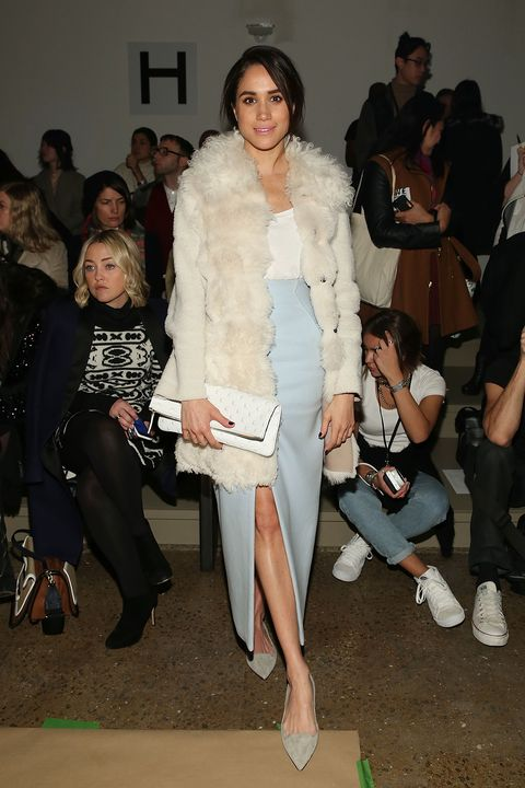 Fashion, Fashion model, Fashion show, Clothing, Fur, Fashion design, Fur clothing, Event, Haute couture, Outerwear,