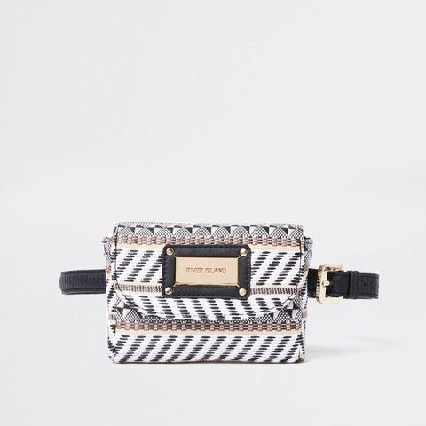 Fashion accessory, Bag, Handbag, Wristlet, Material property, Shoulder bag, Wallet, Beige,