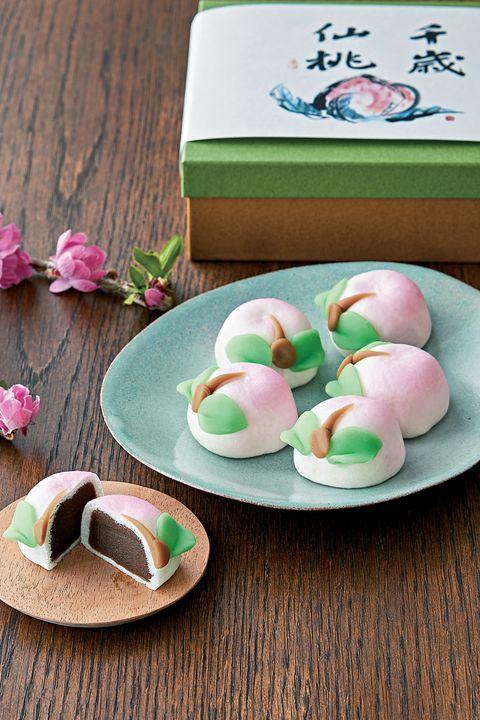 Food, Cuisine, Tteok, Daifuku, Rice cake, Mochi, Dish, Comfort food, Uirō, Dessert,