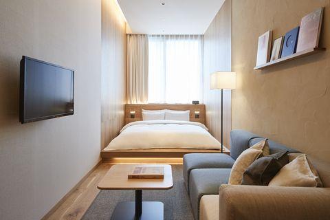 Room, Furniture, Bedroom, Interior design, Property, Bed, Building, Suite, Comfort, Wall,