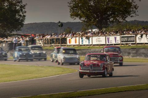 Vehicle, Land vehicle, Automotive design, Car, Classic car, Classic, Antique car, Grille, Motorsport, Bumper,