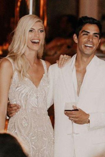 デヴォン・ウインザー 結婚式 ヴィクシーモデル ウエディングドレス ウエディング ズハイル・ムラド