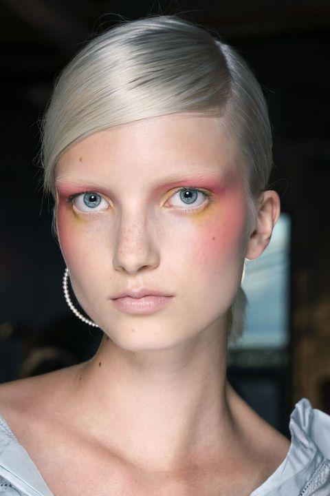 Hair, Face, Eyebrow, Forehead, Hairstyle, Chin, Lip, Fashion, Beauty, Cheek,