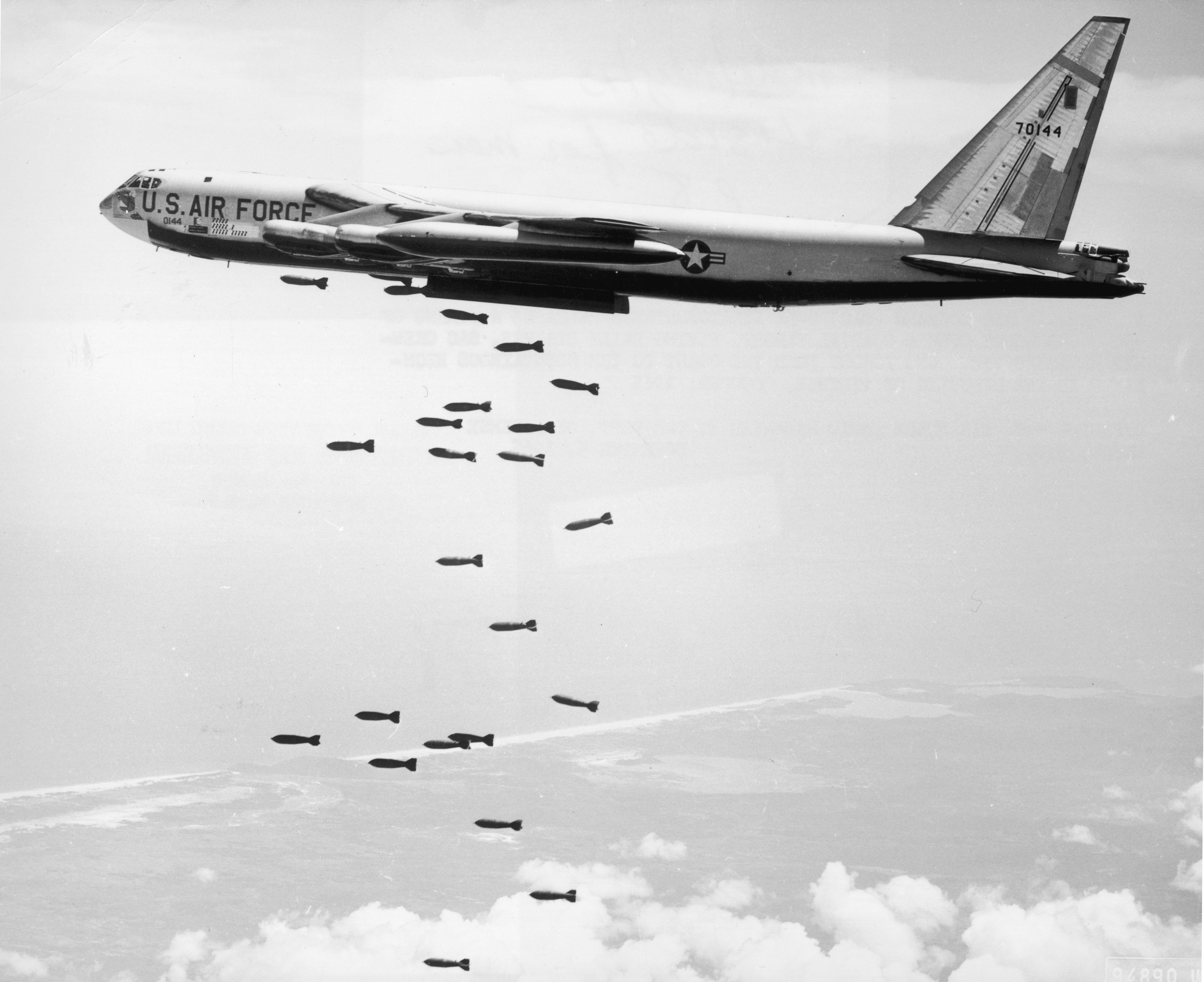 Missão de bombardeio