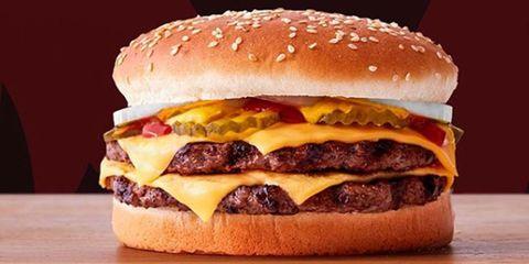 「バーガーキング」の「ダブルチーズバーガー(バンズなし)」|ファーストフード店でもヘルシーに。低糖質メニュー 10