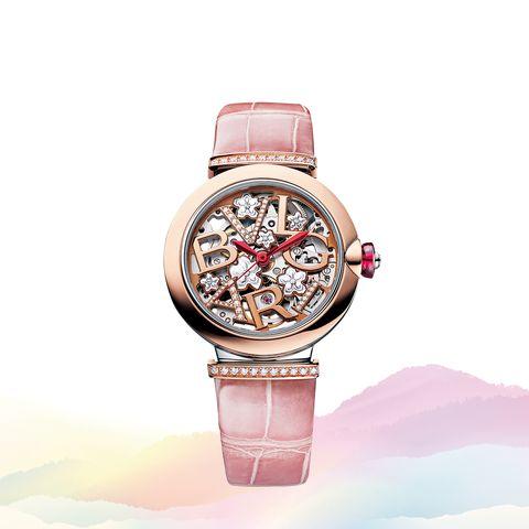 「ブルガリ」の時計「ルチェア スケルトン 桜 日本限定モデル」