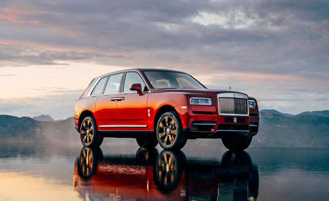 Land vehicle, Vehicle, Car, Automotive design, Luxury vehicle, Motor vehicle, Full-size car, Automotive tire, Wheel, Rim,