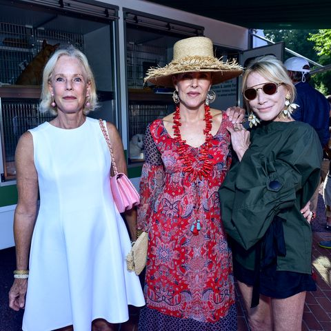 Hat, Dress, Outerwear, Sunglasses, Fashion accessory, One-piece garment, Headgear, Sun hat, Fashion, Street fashion,