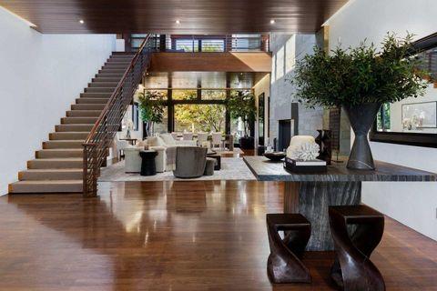 matt damon vende su impresionante mansión en los ángeles