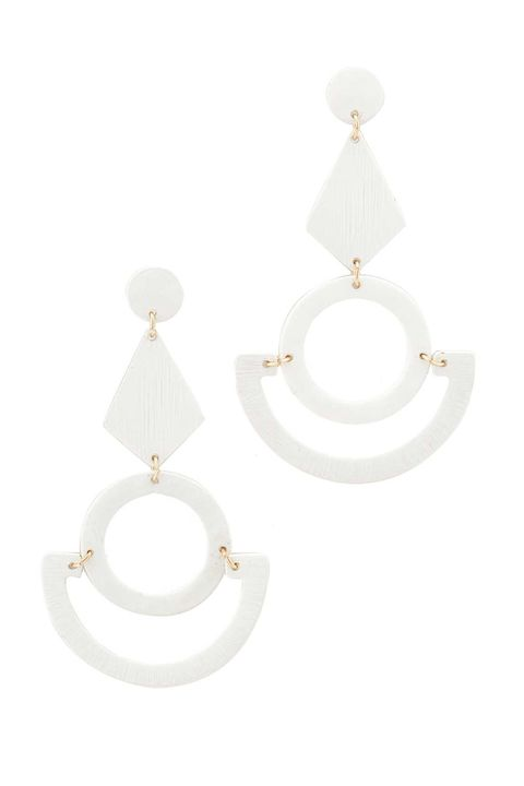 Jewellery, Earrings, White, Fashion accessory, Natural material, Circle, Beige, Body jewelry, Silver, Jewelry making,