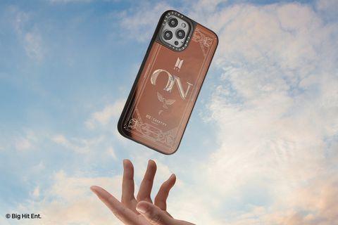 bts用手機殼隨時陪在你身邊!casetify x 防彈少年團推出iphone12手機殼、無線充電盤