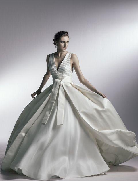 オーセンティックのドレス