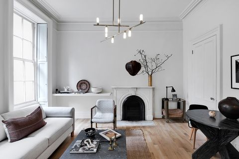Living room, Room, White, Furniture, Interior design, Property, Ceiling, Building, Floor, House,