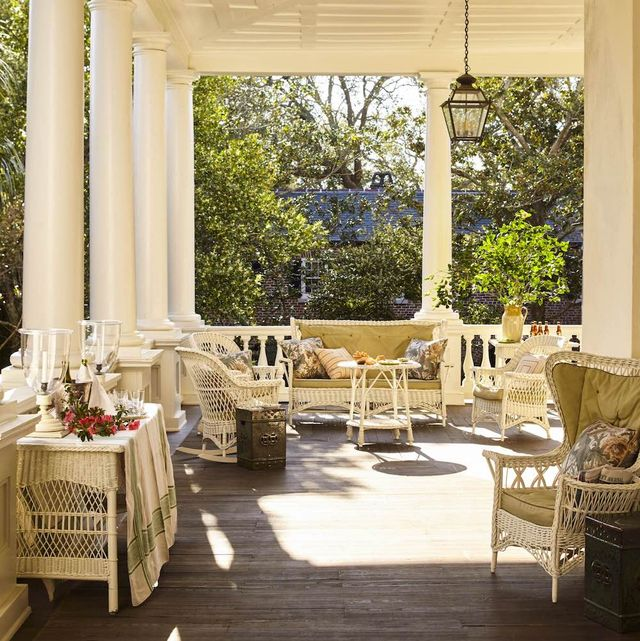 15 Front Porch Decorating Ideas - Designer Front Porch ...