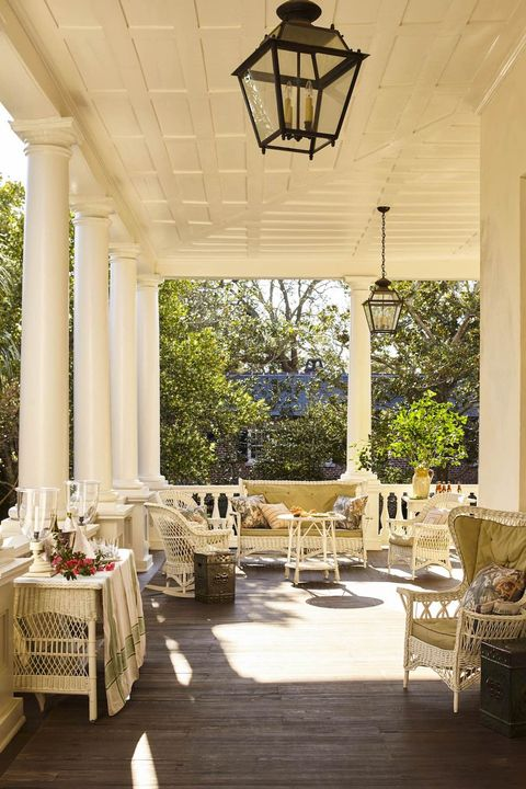 front-porch-decorating-ideas-gil-schafer-charleston-william-c-gatewood-veranda