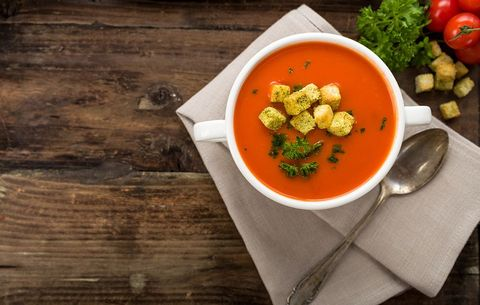 Creamy tomato white bean soup