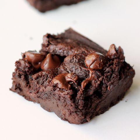 Food, Chocolate brownie, Dish, Chocolate, Dessert, Cuisine, Flourless chocolate cake, Snack cake, Baked goods, Chocolate cake,
