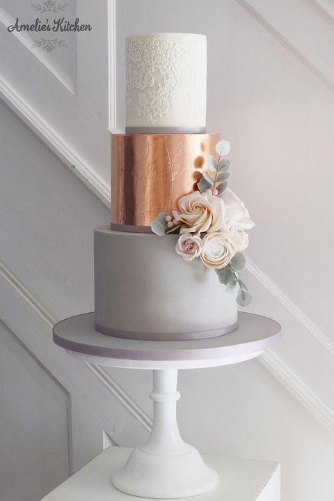 ウエディングケーキ アイデア 結婚式 ウエディング メタリックケーキ ケーキ おしゃれ トレンド