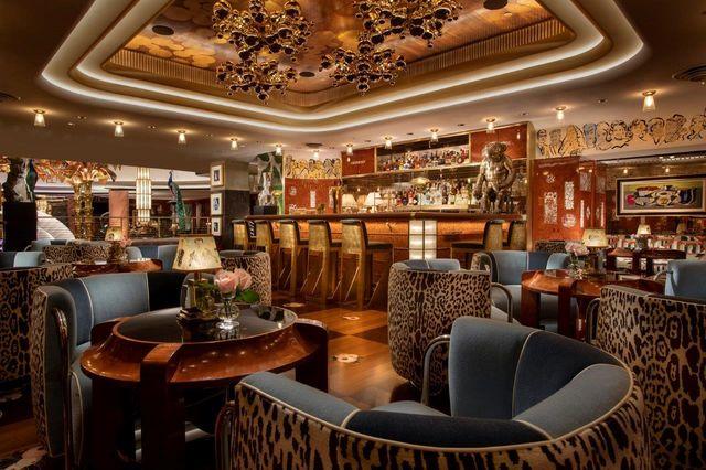 delilah restaurant dining area