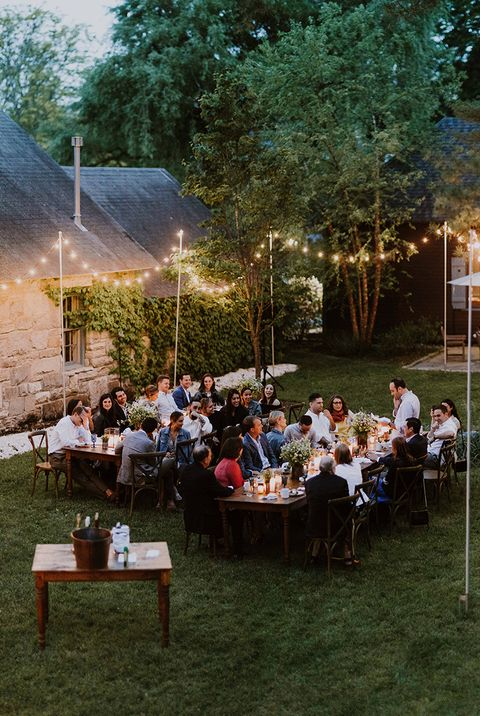 Lighting, Backyard, Event, Table, Atmosphere, Leisure, Party, Wedding reception, Ceremony, Crowd,