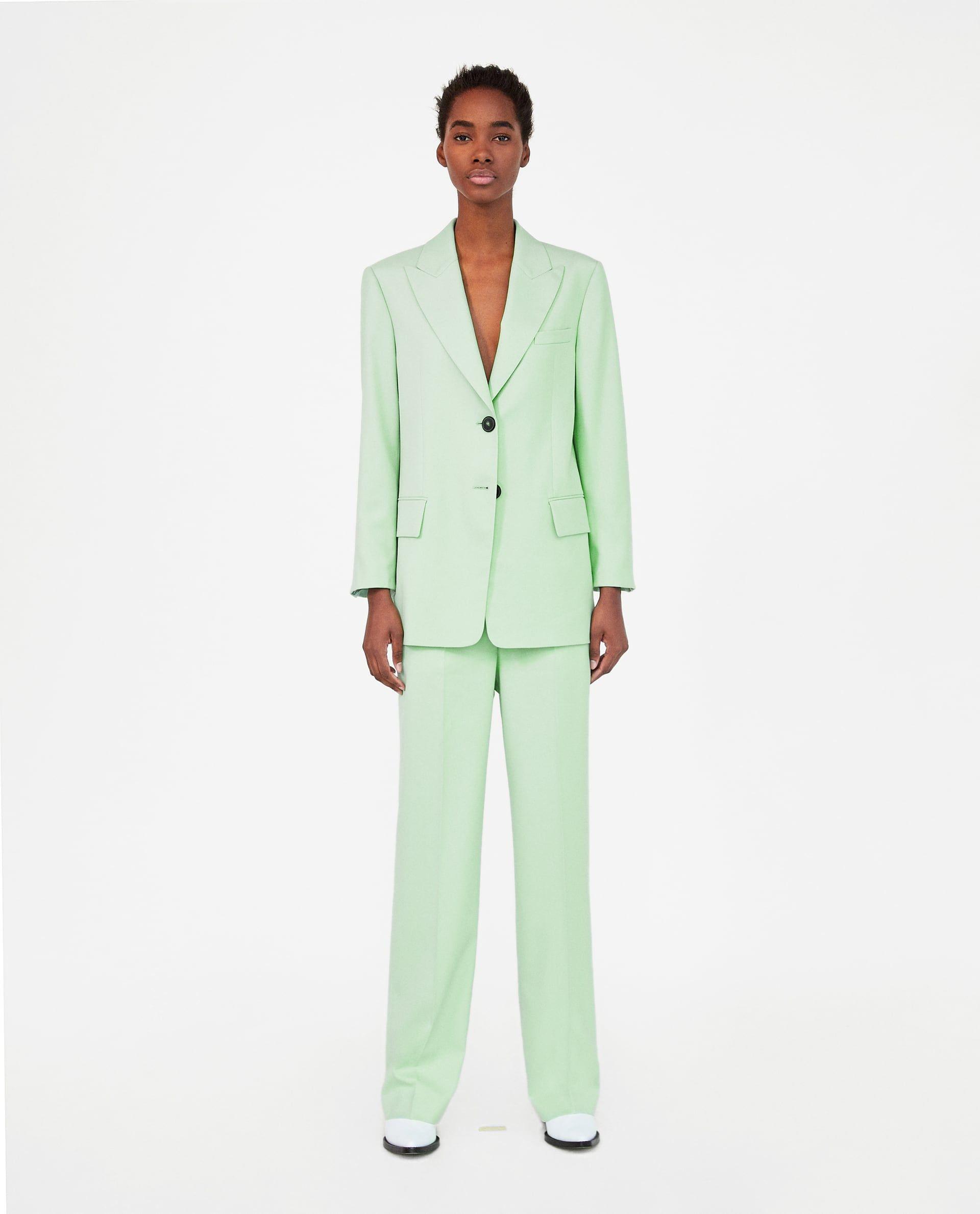 6fbb42fa2 Trajes pastel en Zara- Lo que no sabías que necesitabas  un traje verde  pastel