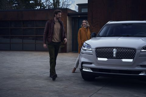 Lincoln Phone As A Key Technology Aims to Eliminate the Car Key