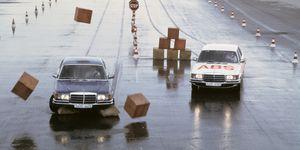 Weltpremiere 1978 in der Mercedes-Benz S-Klasse: 40 Jahre Anti-Blockier-System