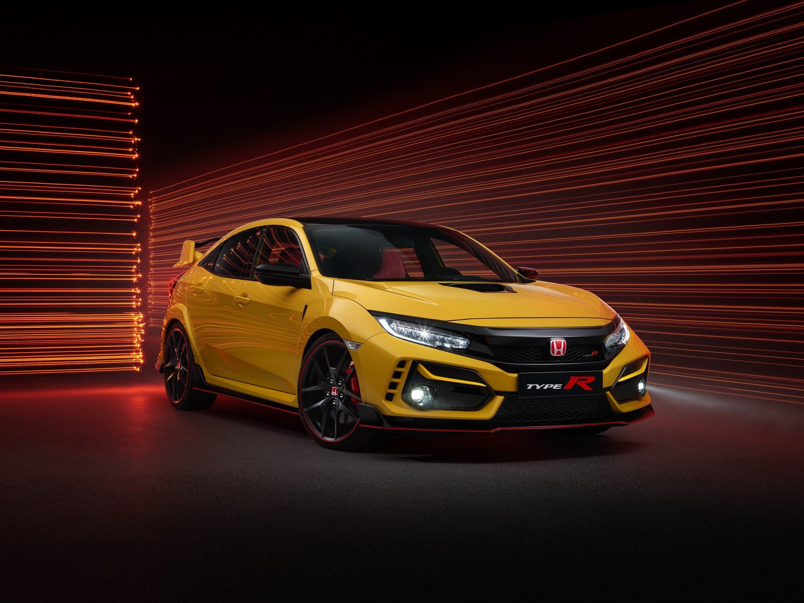 The 2021 Civic Type R Limited Edition Is 46 Pounds Lighter and Only Comes in Yellow