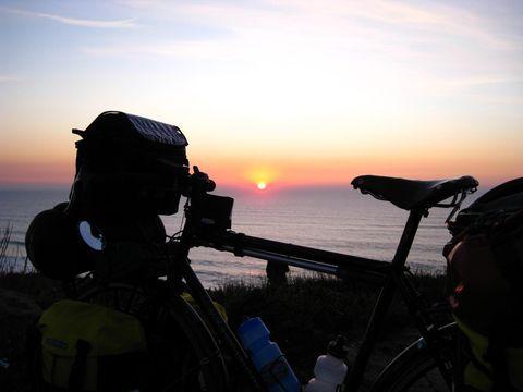 Sky, Sunrise, Vehicle, Sunset, Sea, Photography, Cloud, Recreation, Horizon, Evening,