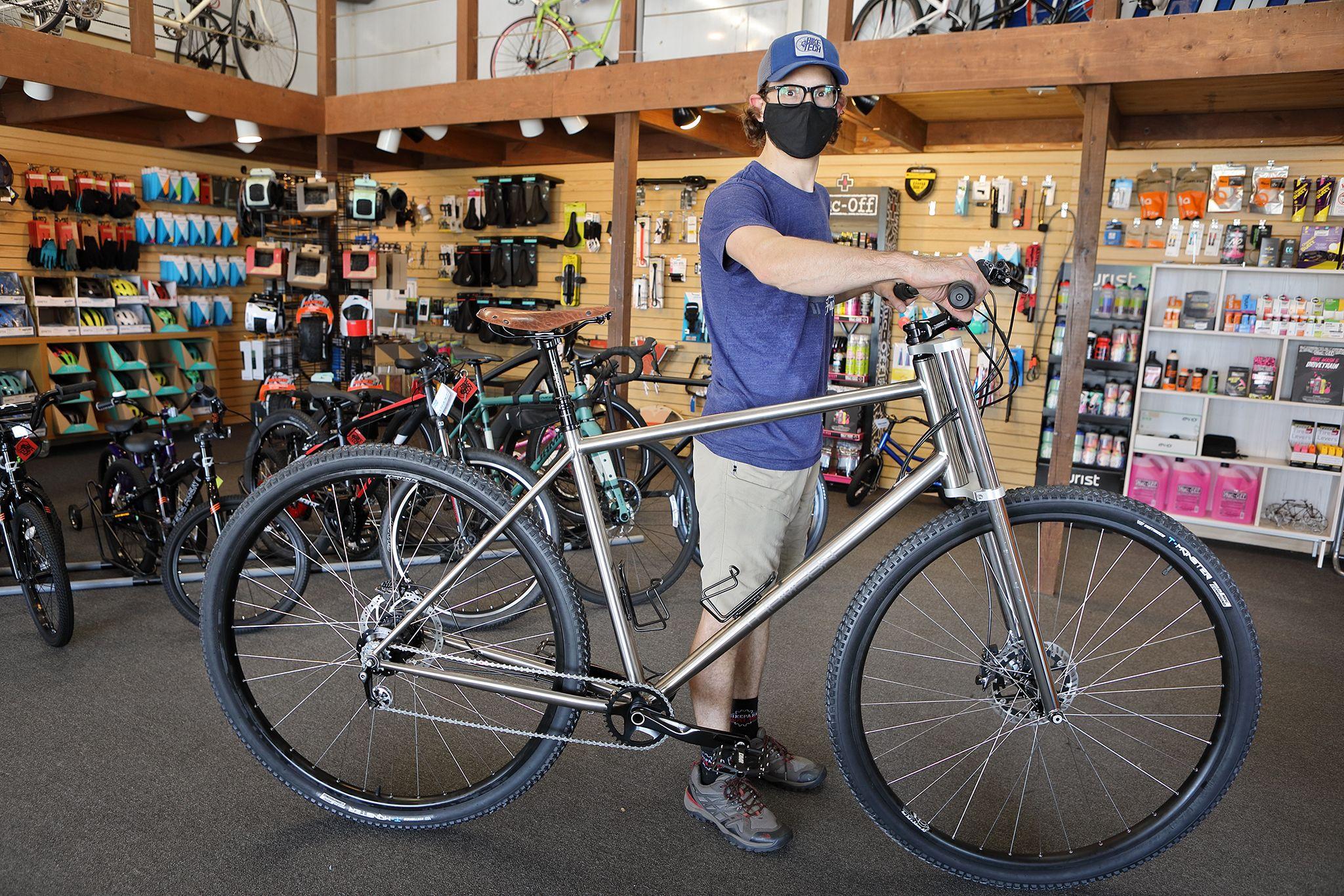 Thomson Bike - How Do You Build a Bike for Shaquille O'Neal?