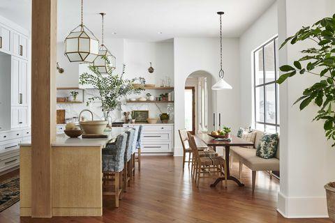 breakfast nook, kitchen, white painted walls, pendant lights