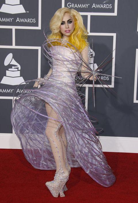 Red carpet, Carpet, Clothing, Dress, Flooring, Fashion, Hairstyle, Leg, Blond, Premiere,