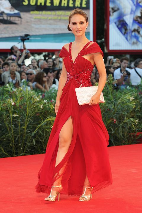 Red carpet, Carpet, Clothing, Flooring, Dress, Red, Fashion, Shoulder, Gown, Beauty,