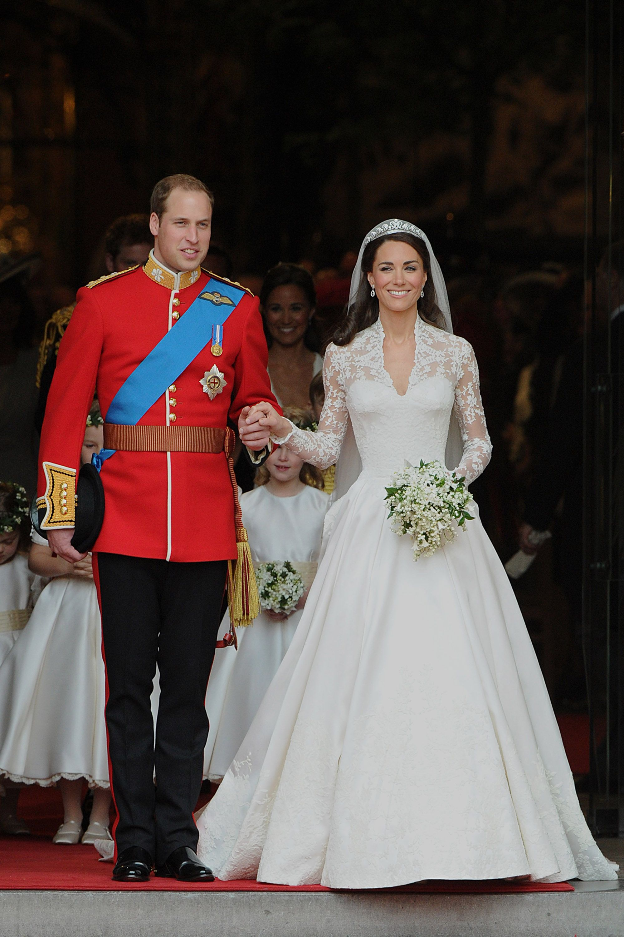 30 most jaw dropping royal wedding gowns best royal wedding dresses junglespirit Images
