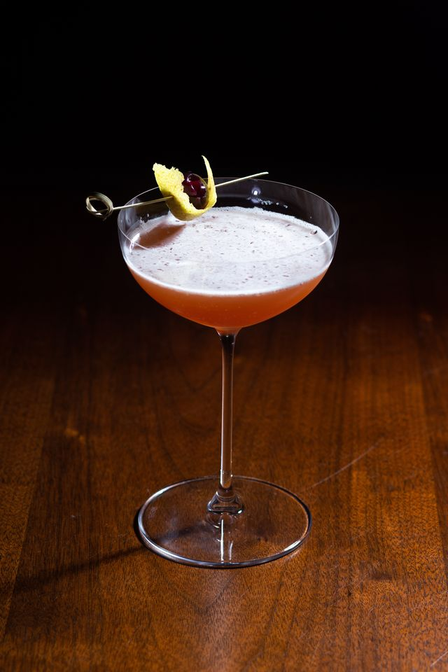 november sip and read club cocktail